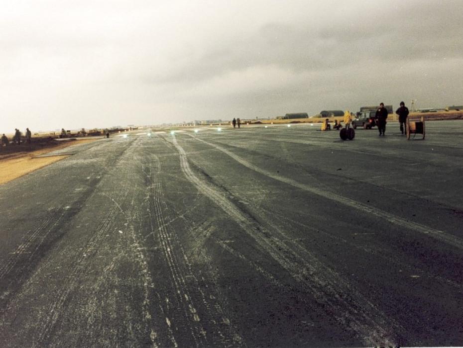 Havalimanı Pist ve Taksi Yolu Restorasyon İşleri - Diyarbakır